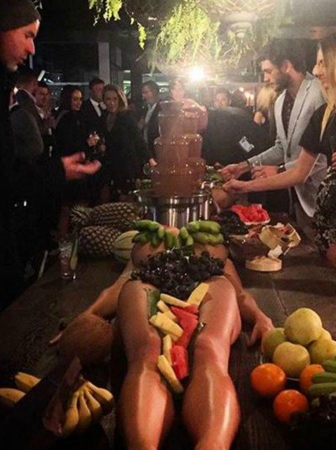 frutta su ragazze bar.it