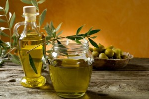 Conosci le differenze tra olio extravergine e olio d'oliva?