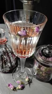 Lo sparkling lychee e boccioli di rosa