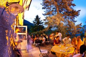 La Notte delle Cantine è la serata più caratteristica dell'intero Festival