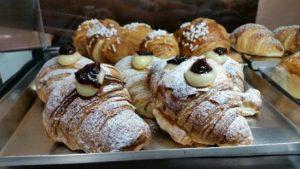 Aumentata l'offerta dei croissant durante la colazione
